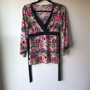 moa moa groovy patterned top. Size XL